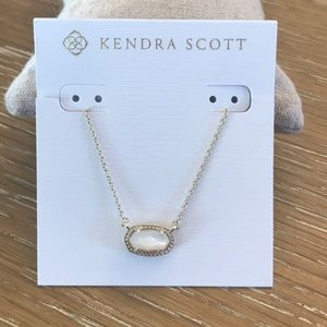 Kendra Scott Ember necklace in gold & ivory pearl